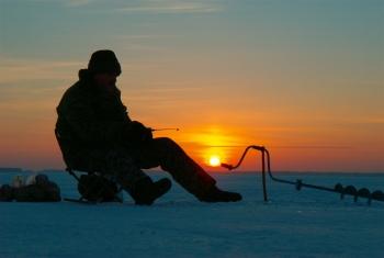 Київський рибоохоронний патруль закликає бути обережними під час зимової риболовлі