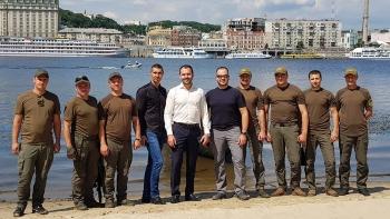 Київський рибоохоронний патруль слідкував за безпекою на воді при перепливі Дніпра