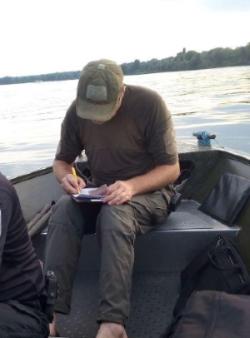 Оформлення рибоохоронним патрулем матеріалів про адміністративні правопорушення
