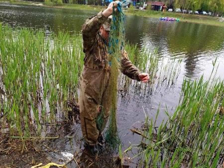 За перший місяць нересту викрито 215 порушень та нараховано майже 100 тис. грн збитків, - Київський рибоохоронний патруль